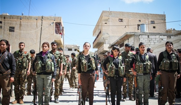 Women and men of the YPG and YPJ, fighting feudalist patriarchy.